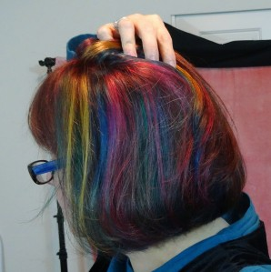 Here you can see how Andrea did the color streaks underneath an upper layer of the violet red, so the colors would peek through but not be blatant.